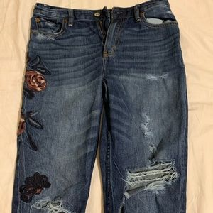 Abercrombie and Fitch 'Annie Girlfriend Jeans'